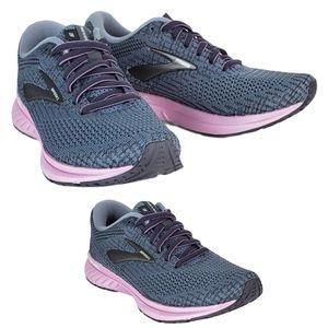 New brooks revel 3 running sneakers gray pink